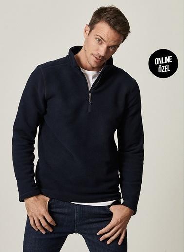 AC&Co / Altınyıldız Classics Standart Fit Günlük Rahat Fermuarlı Bato Yaka Spor Polar Sweatshirt 4A5221100016 Lacivert